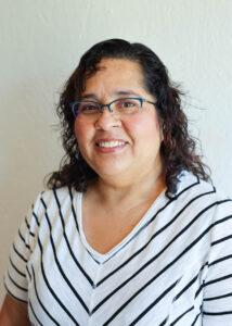 Monica Raysik Spanish